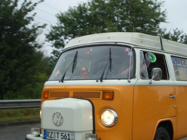 Auf der Autobahn nach Köln